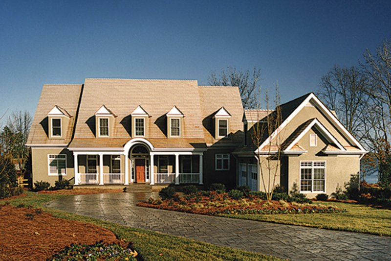 Country Style House Plan - 4 Beds 3.5 Baths 3636 Sq/Ft Plan #453-13 Exterior - Front Elevation