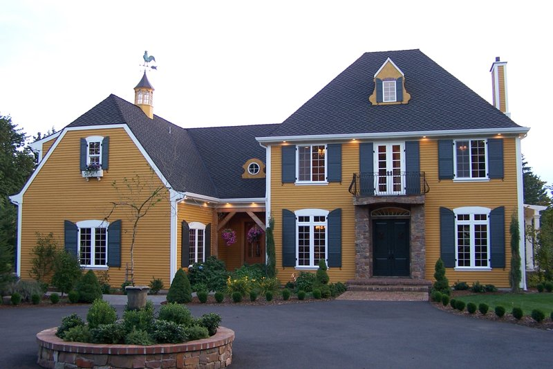 European Style House Plan - 4 Beds 3 Baths 3408 Sq/Ft Plan #137-117 Exterior - Front Elevation