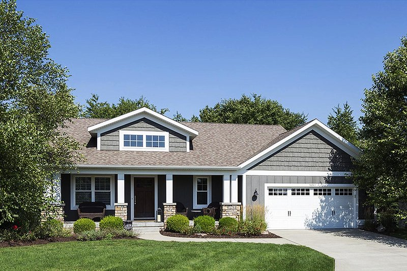 Home Plan - Traditional Exterior - Front Elevation Plan #901-109