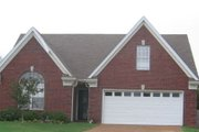 Traditional Style House Plan - 3 Beds 2.5 Baths 1717 Sq/Ft Plan #81-13605 Exterior - Front Elevation