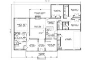 Traditional Style House Plan - 4 Beds 3 Baths 2493 Sq/Ft Plan #17-1176 Floor Plan - Main Floor Plan