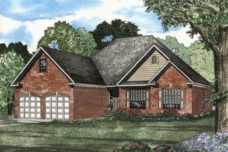 Traditional Style House Plan - 3 Beds 2 Baths 1732 Sq/Ft Plan #17-1103