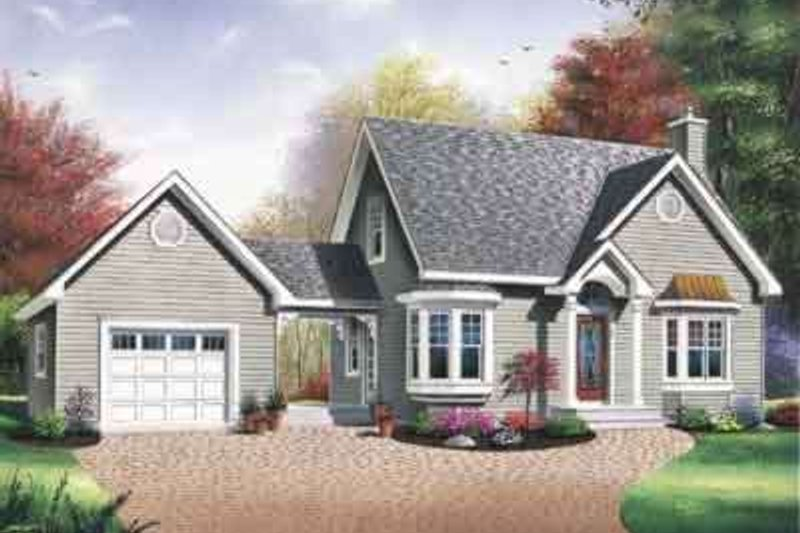 Traditional Exterior - Front Elevation Plan #23-449 - Houseplans.com