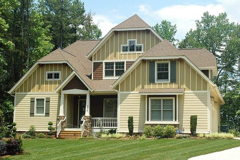 Craftsman Style House Plan - 4 Beds 3 Baths 3126 Sq/Ft Plan #413-101
