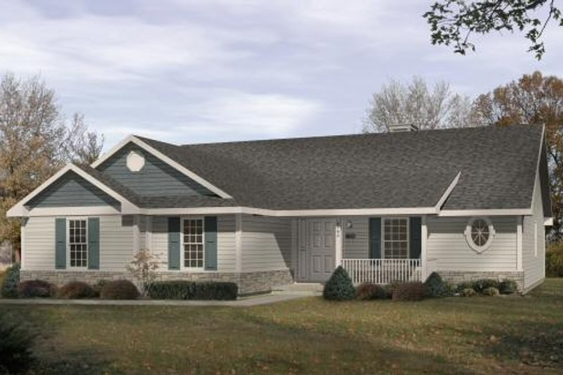 Traditional Style House Plan - 2 Beds 2 Baths 1440 Sq/Ft Plan #22-105 Exterior - Front Elevation