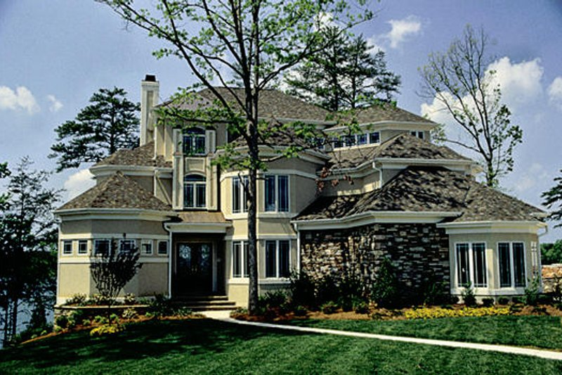 Traditional Style House Plan - 5 Beds 5.5 Baths 7017 Sq/Ft Plan #453-48