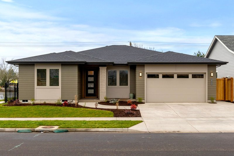 Home Plan - Prairie Exterior - Front Elevation Plan #124-1173