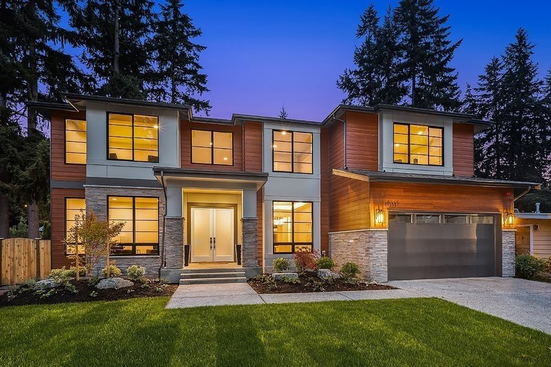 House Plan Design - Contemporary Exterior - Front Elevation Plan #1066-125