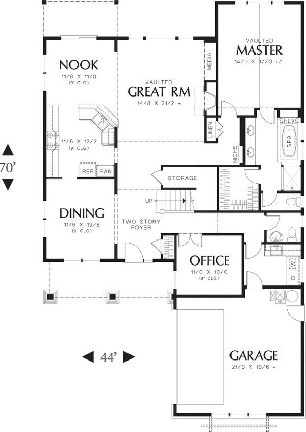 Main level floor plan - 2500 square foot Craftsman home