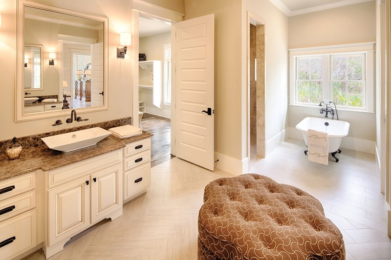 Country Interior - Master Bathroom Plan #928-1 - Houseplans.com