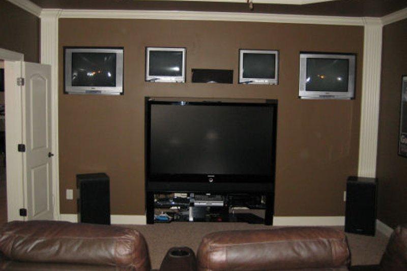 Craftsman Interior - Family Room Plan #437-3 - Houseplans.com