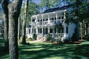 Colonial Style House Plan - 4 Beds 3 Baths 2631 Sq/Ft Plan #137-145 Exterior - Front Elevation