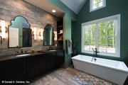 Craftsman Style House Plan - 4 Beds 4 Baths 3014 Sq/Ft Plan #929-937 Interior - Master Bathroom