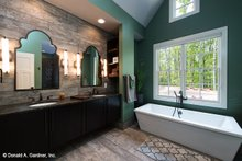House Plan Design - Craftsman Interior - Master Bathroom Plan #929-937