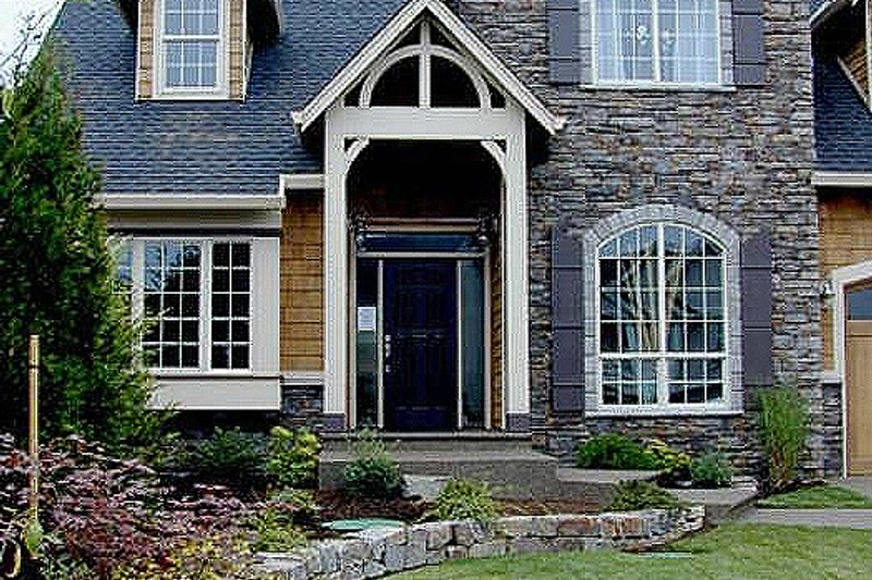 Craftsman Exterior - Front Elevation Plan #48-107 - Houseplans.com