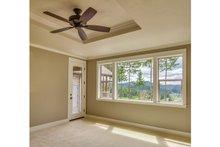 Craftsman Interior - Master Bedroom Plan #124-988