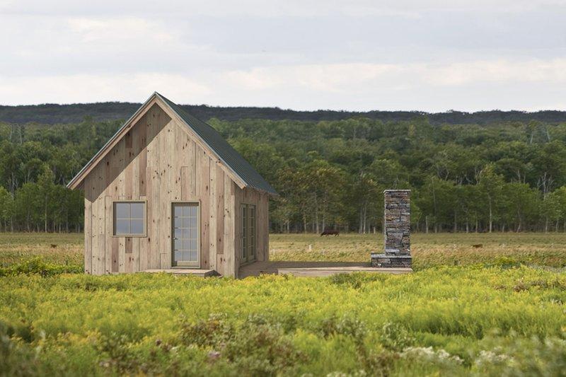 Cabin Exterior - Front Elevation Plan #497-51
