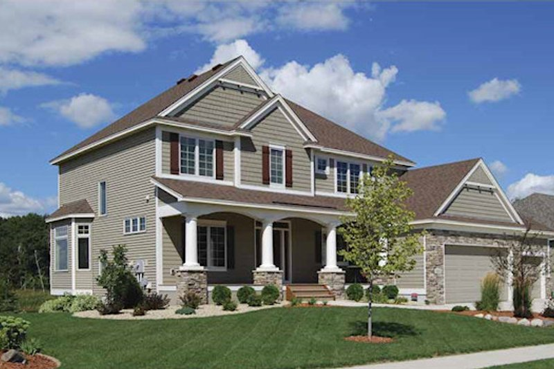 Craftsman Exterior - Front Elevation Plan #320-490
