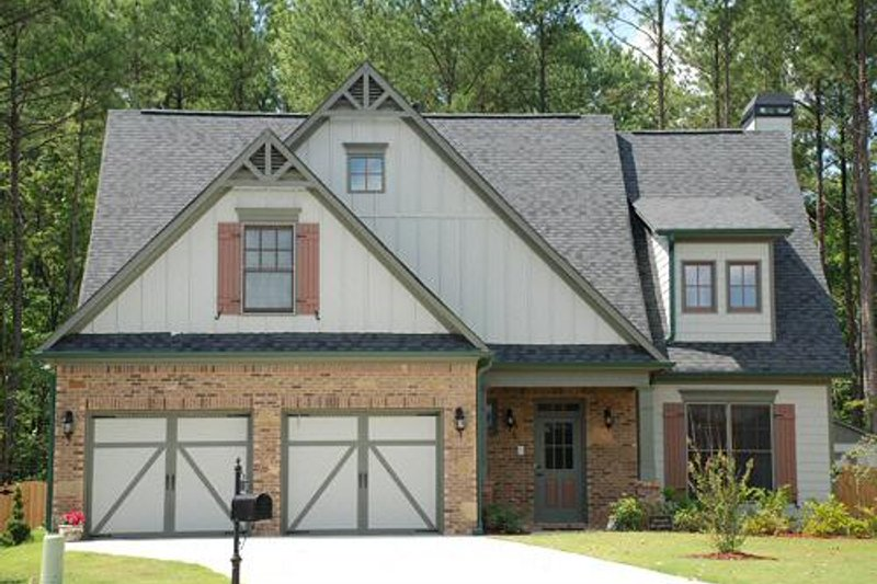 Craftsman Style House Plan - 3 Beds 2.5 Baths 2131 Sq/Ft Plan #419-204 Exterior - Front Elevation
