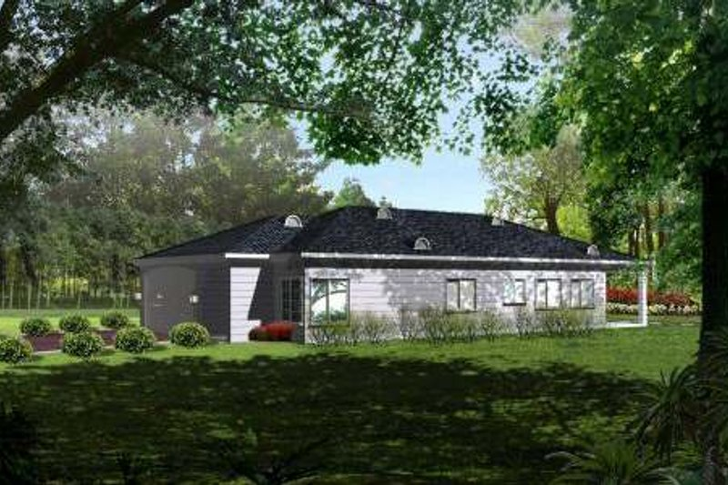Ranch Style House Plan - 3 Beds 2 Baths 1536 Sq/Ft Plan #1-1003 Exterior - Front Elevation