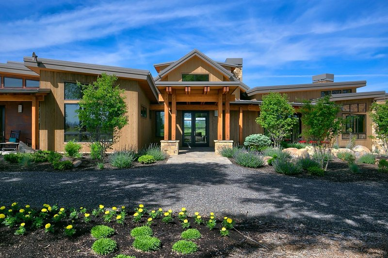 House Plan Design - Contemporary Exterior - Front Elevation Plan #892-20