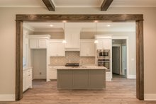House Plan Design - Craftsman Interior - Kitchen Plan #430-157