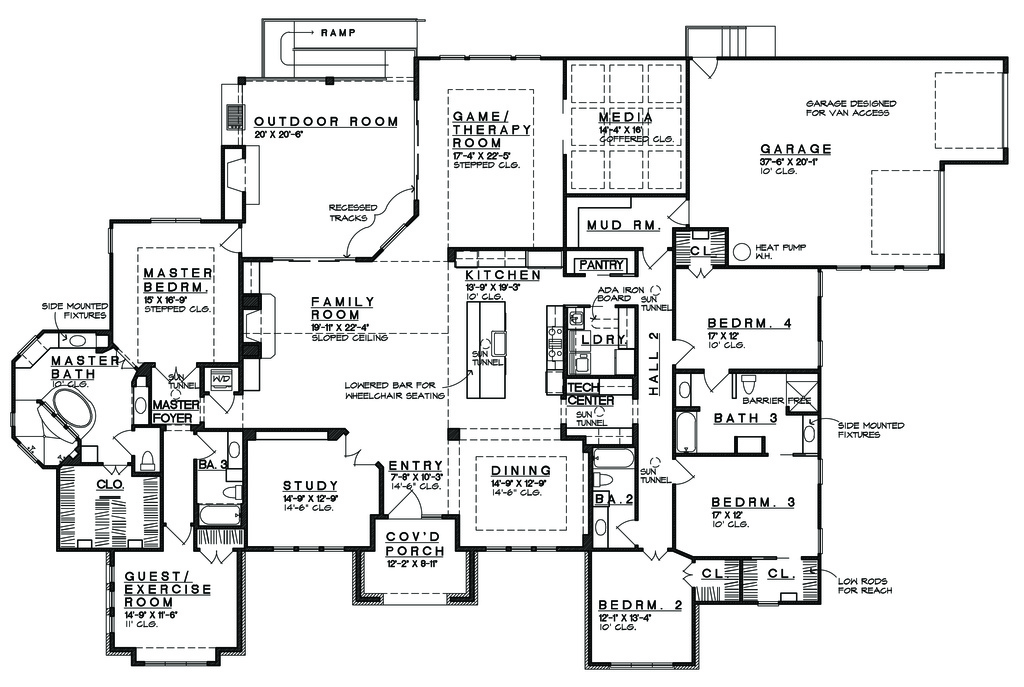 Prairie Style House Plan - 5 Beds 4 Baths 4545 Sq/Ft Plan ...