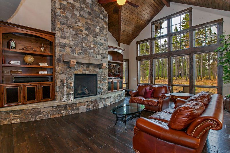 Craftsman style house design, great room photo
