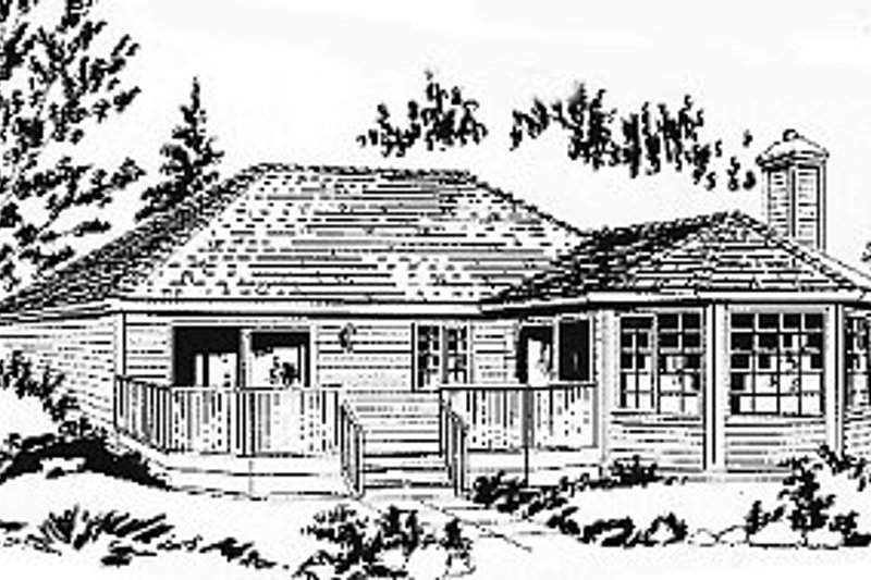 Traditional Exterior - Front Elevation Plan #18-167 - Houseplans.com