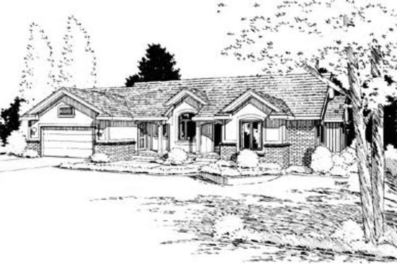 Traditional Exterior - Front Elevation Plan #20-816 - Houseplans.com