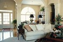 Traditional Interior - Other Plan #419-105