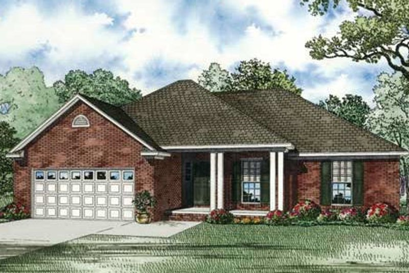 Traditional Style House Plan - 3 Beds 2 Baths 1525 Sq/Ft Plan #17-2291 Exterior - Front Elevation