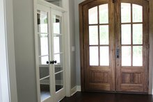 Craftsman Interior - Entry Plan #929-1025