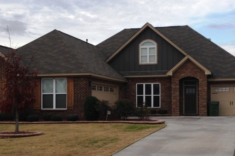 Dream House Plan - Traditional Exterior - Front Elevation Plan #63-278