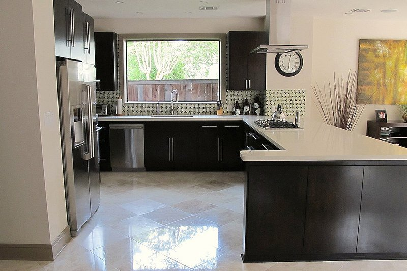 Kitchen - 2600 square foot Modern home
