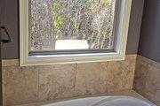 European Style House Plan - 3 Beds 2.5 Baths 2405 Sq/Ft Plan #430-133 Interior - Bathroom