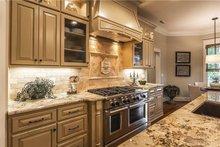 Craftsman Interior - Kitchen Plan #120-184