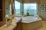 Craftsman Style House Plan - 3 Beds 3.5 Baths 4090 Sq/Ft Plan #124-753 Interior - Master Bathroom