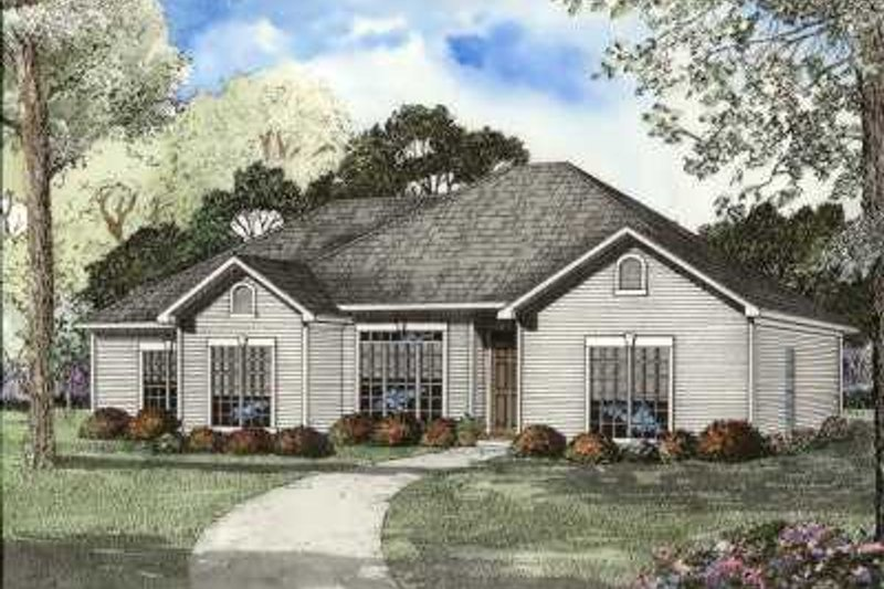 Traditional Style House Plan - 4 Beds 2 Baths 1841 Sq/Ft Plan #17-608 Exterior - Front Elevation