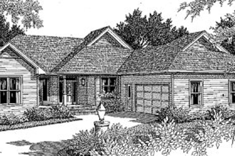 Traditional Exterior - Front Elevation Plan #41-142 - Houseplans.com