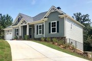 Craftsman Style House Plan - 4 Beds 3 Baths 2750 Sq/Ft Plan #437-94 Exterior - Front Elevation