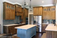 Dream House Plan - Craftsman Interior - Kitchen Plan #929-1025