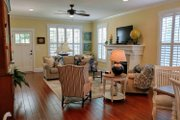 Craftsman Style House Plan - 3 Beds 2 Baths 1590 Sq/Ft Plan #461-20 Interior - Dining Room