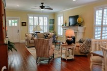 Craftsman Interior - Dining Room Plan #461-20