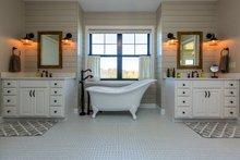 Country Interior - Master Bathroom Plan #70-1488