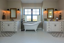Country Interior - Master Bathroom Plan #70-1488