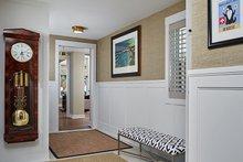 Home Plan - Farmhouse Interior - Entry Plan #928-14