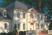 Colonial Style House Plan - 4 Beds 4 Baths 4204 Sq/Ft Plan #137-112 Exterior - Front Elevation