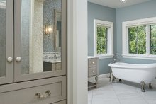 Craftsman Interior - Master Bathroom Plan #928-312
