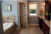 Ranch Interior - Master Bathroom Plan #928-2